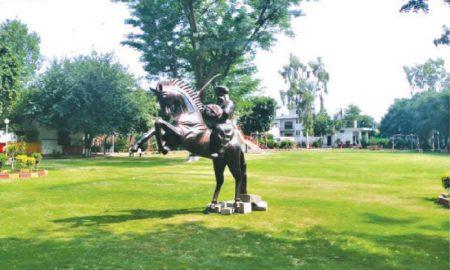 statue of Ertugrul Ghazi