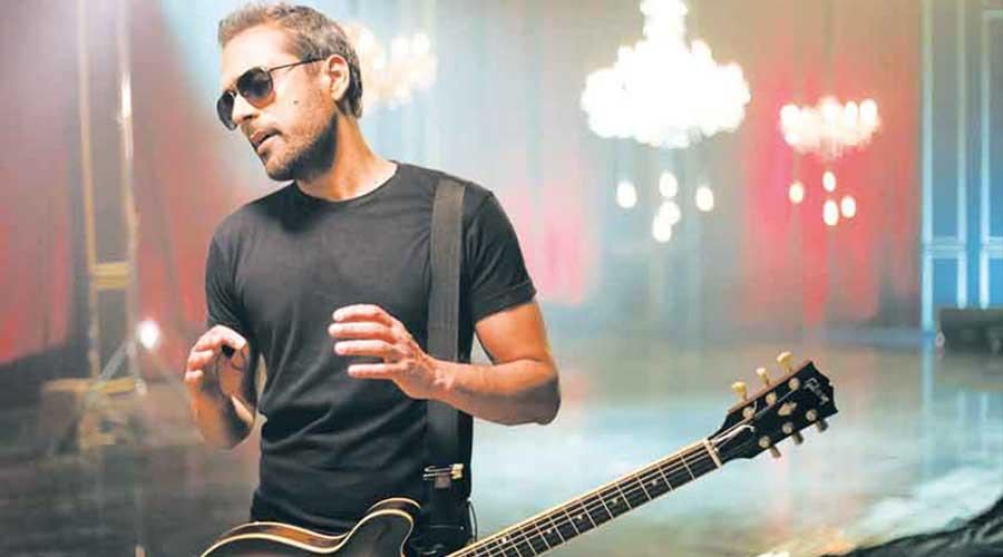 Bilal Maqsood support musicians