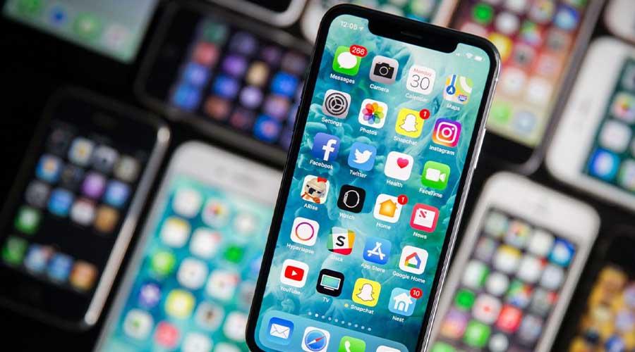 Apple Samsung Smartphone