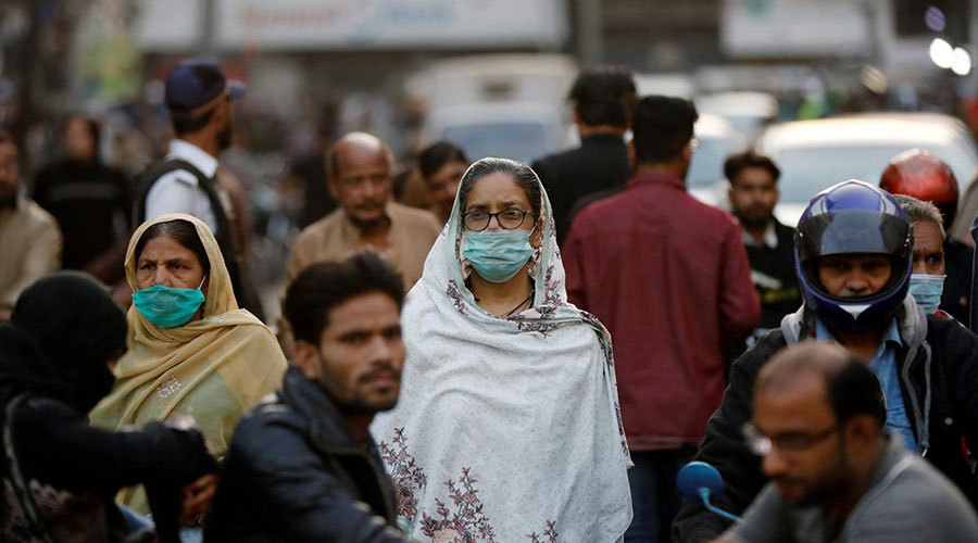 Pakistanis COVID-19 vaccine