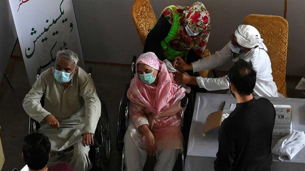Pakistan vaccinate