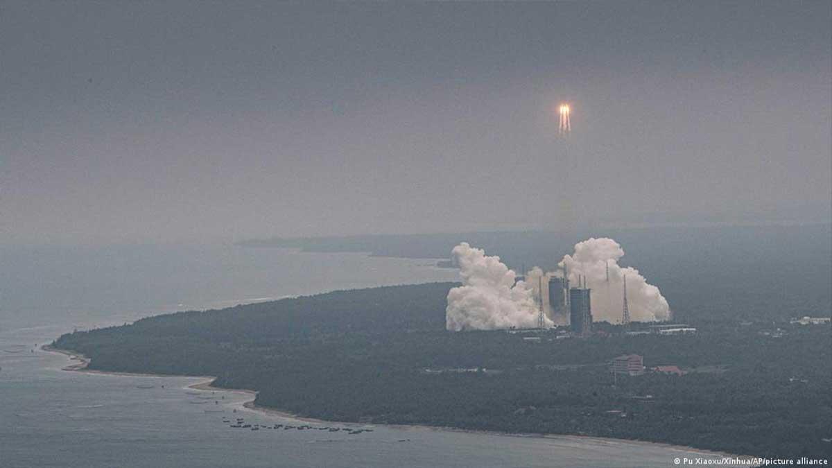 rocket in Indian Ocean