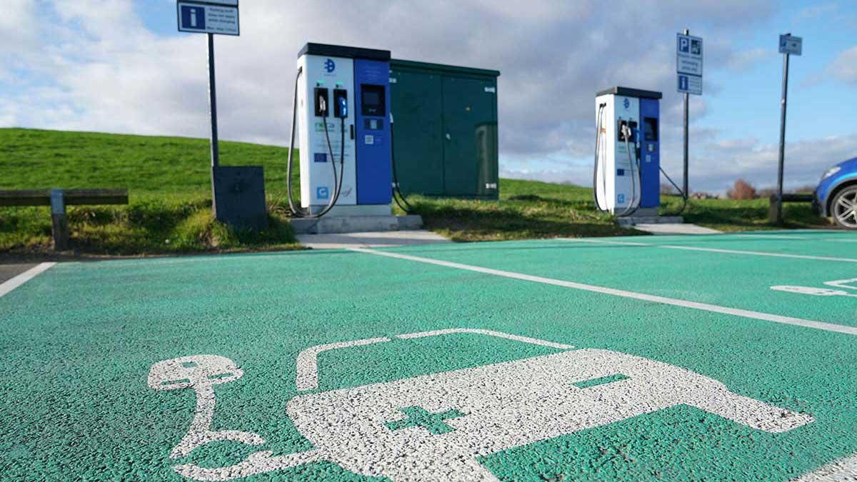 UK petrol vehicles